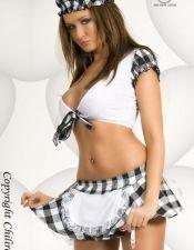 Disfraces de asistenta en color blanco