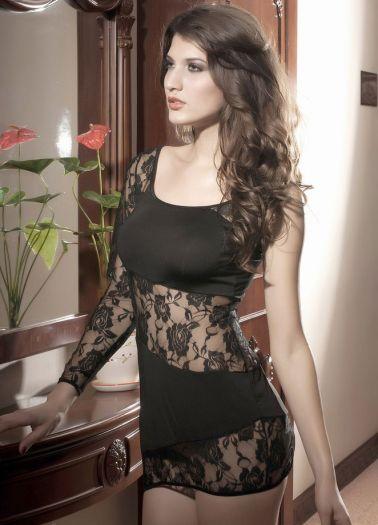 Sensual vestido sexy con secciones de encaje