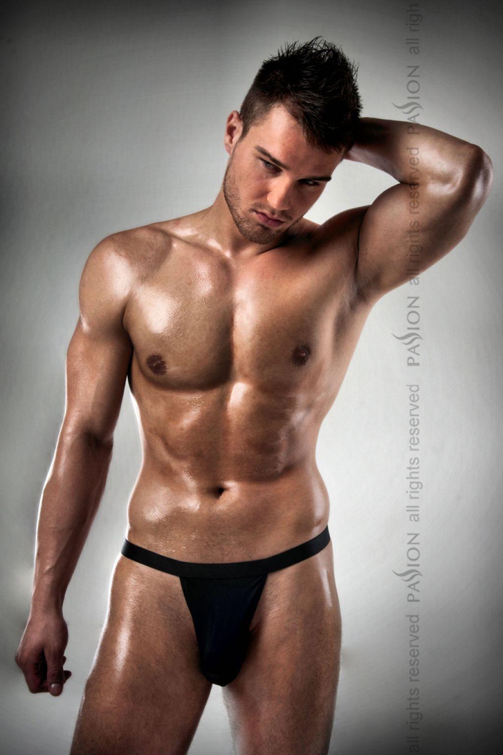 Tanga masculino negro tipo thong