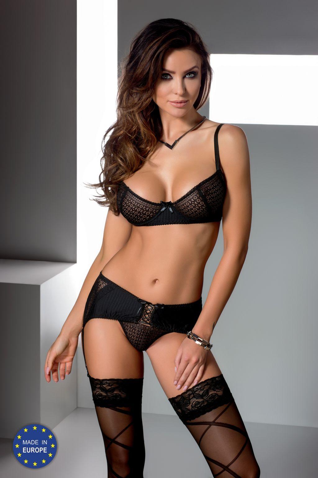 Conjunto sexy de crochet negro