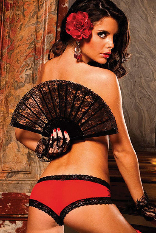 Braguita short roja tipo culotte con encaje