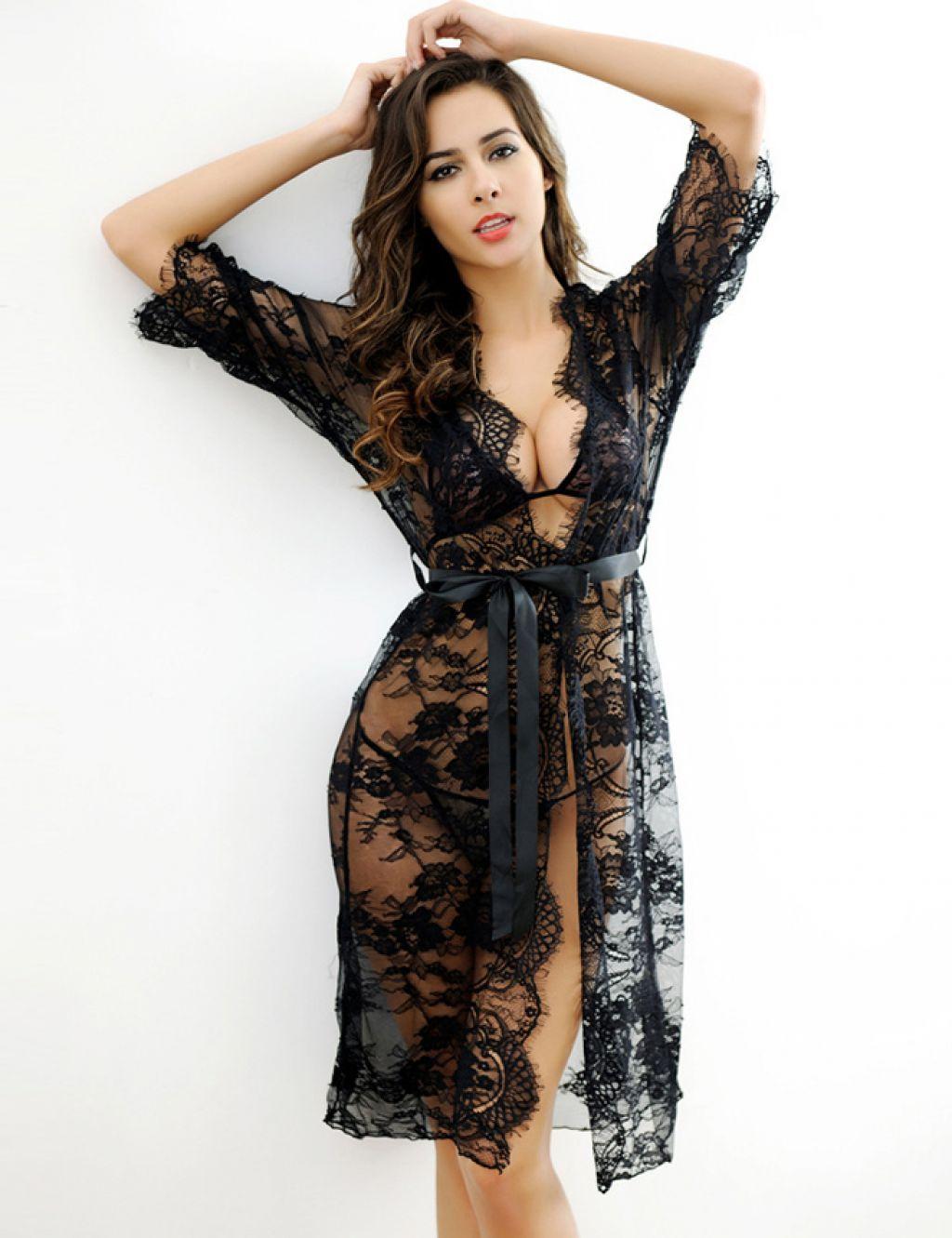 Conjunto de bata sexy, sujetador y tanga