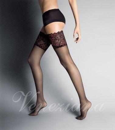 Originales medias sexys lisas con amplia liga de estampados rojos